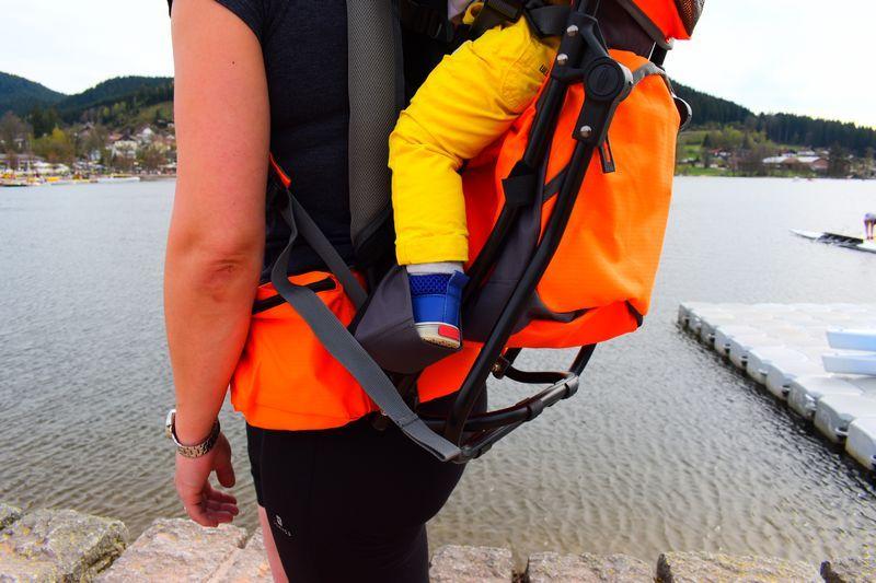 location porte bébé avec cale pied dans les Vosges